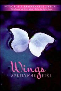 Wings by Aprilynne Pike *Alexa's Review*